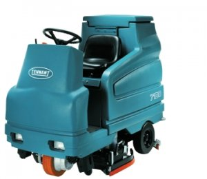 Tennant 7100 Battery Rider Scrubber Rental